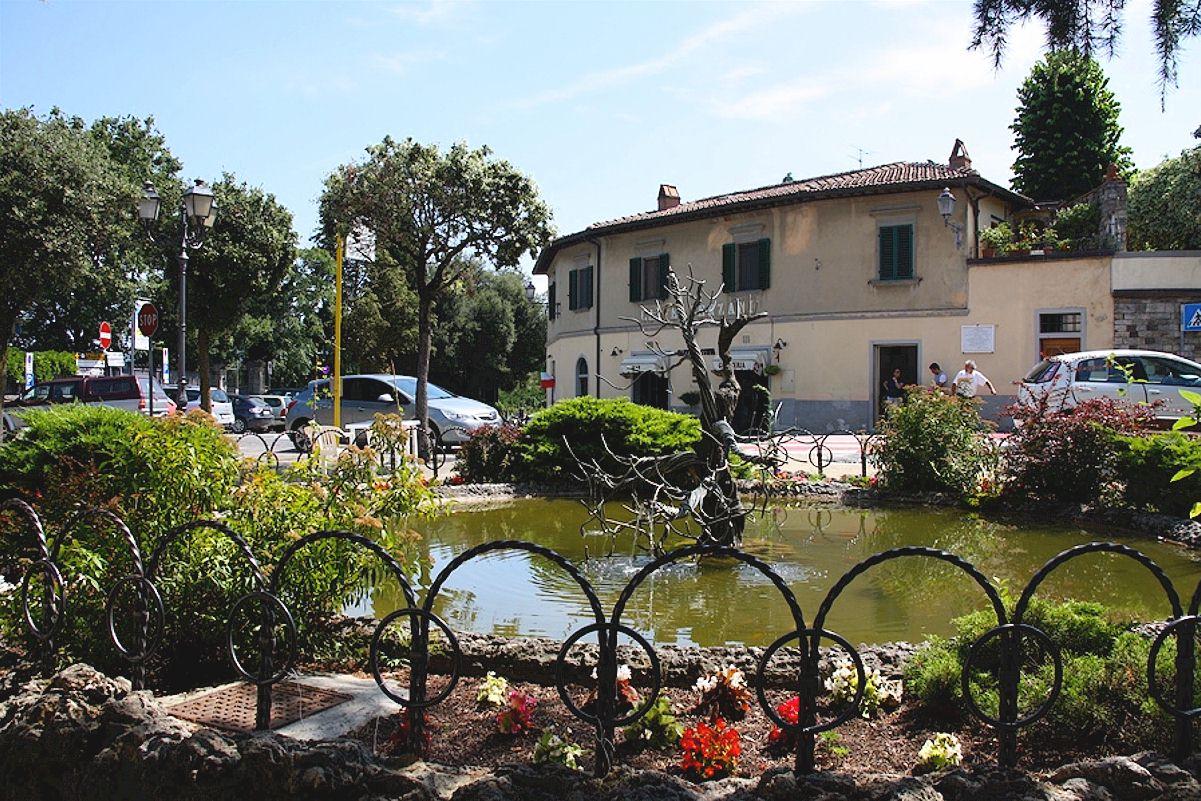 Panzano in Chianti Piazza Bucciarelli
