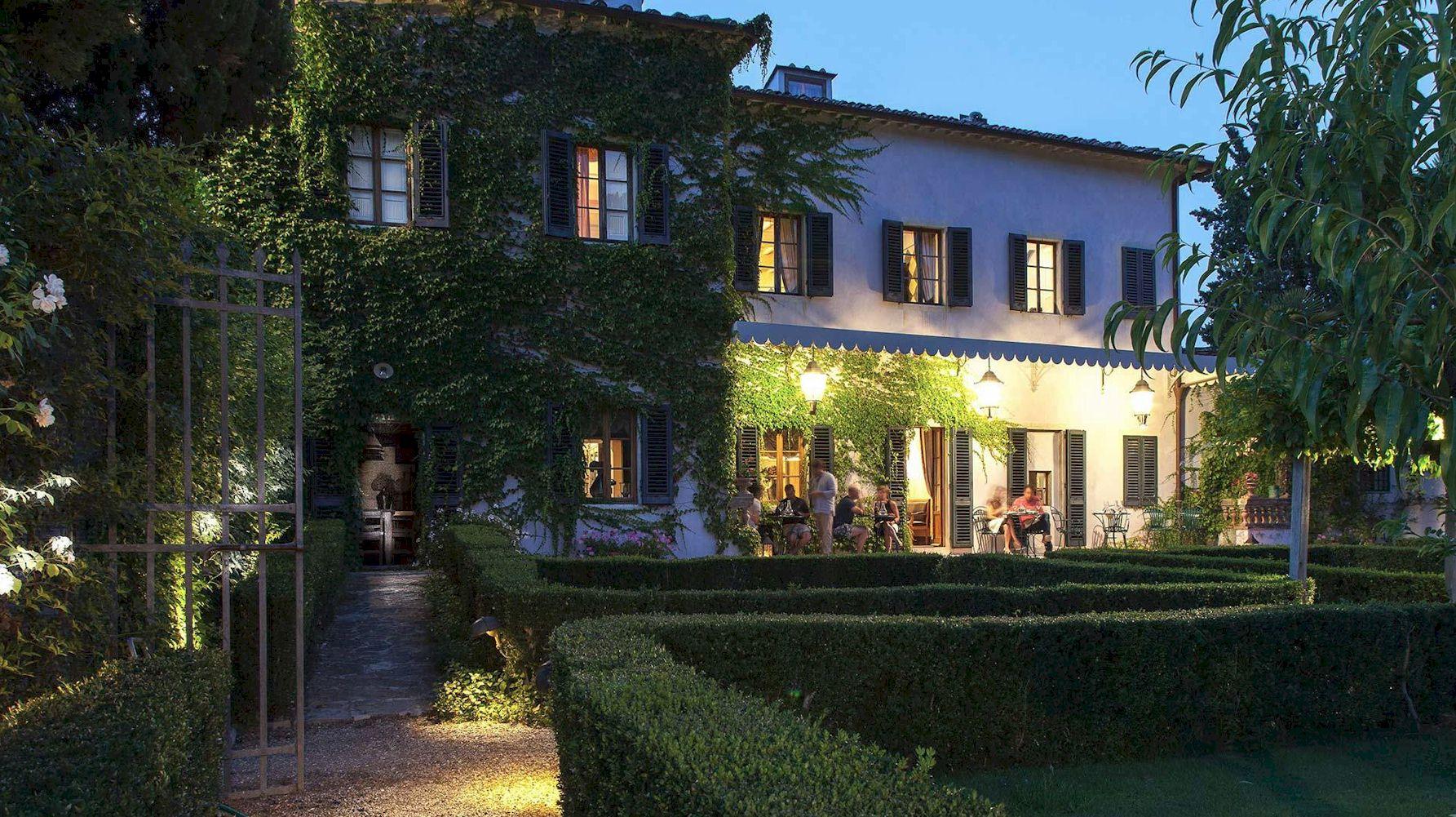 Villa Bordoni verandah by night