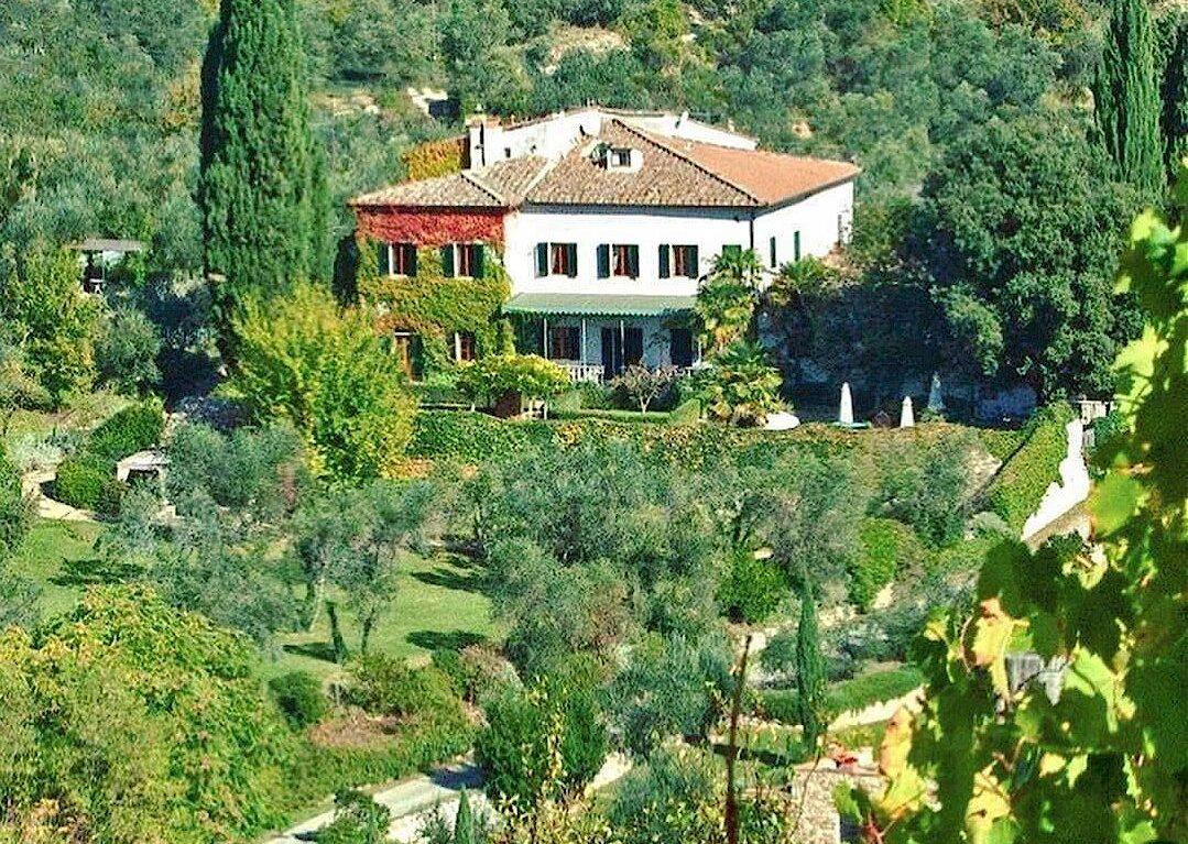 Luxury vacation accommodations near Panzano in Chianti
